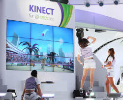 マイクロソフトが「東京ゲームショウ2010」に出展した新ゲームシステム「キネクト」の実演の様子