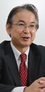 駒村康平氏(こまむら・こうへい) 95年慶大大学院経済学研究科博士課程単位取得退学。07年から現職。社会保障審議会年金部会の委員を務める。47歳。