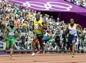 100メートル走、どこまで速く? ...