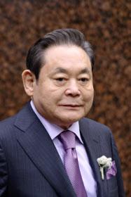 サムスン電子の李健熙会長は常に社内に危機感を植え付けている(6月、ソウル市内)
