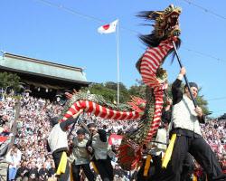 秋を彩る「長崎くんち」始まる 「もってこーい」の掛け声