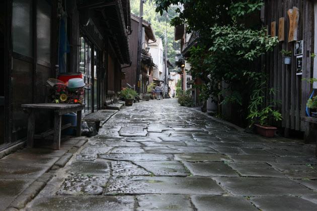 「石畳の街 日本」の画像検索結果