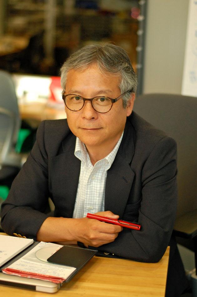 米MITの神髄は「発明か死か」 石井メディアラボ副所長に聞く