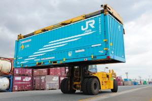 10トントラックと同じ積載量の ... : 容積 単位 : すべての講義