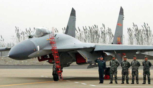 中国軍「日米機進入に対応」 防空識別圏で緊急発進