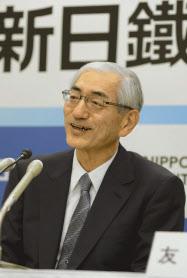 進藤次期社長は「優れた需要家と一緒に技術を磨く」と語る(16日、都内の本社)