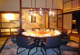 開業したザ・リッツ・カールトン京都のレストラン(京都市)=共同