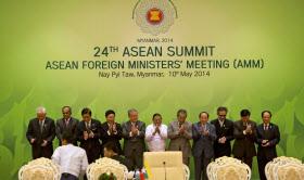 ミャンマーの首都ネピドーで開かれた東南アジア諸国連合(ASEAN)外相会議(10日)=AP