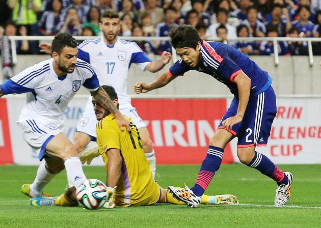 サッカー日本代表対キプロス代表...