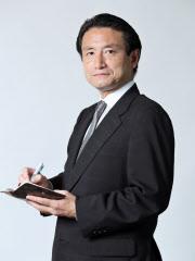 清水功哉(しみず・いさや) 1988年日本経済新聞社入社。東京やロンドンで金融政策、為替・金融市場、資産運用などについて取材。著書に「日銀はこうして金融政策を決めている」「記者が見た黒田革命の真実」。証券アナリスト(CMA)、ファイナンシャル・プランナー(CFP)の資格も持つ。
