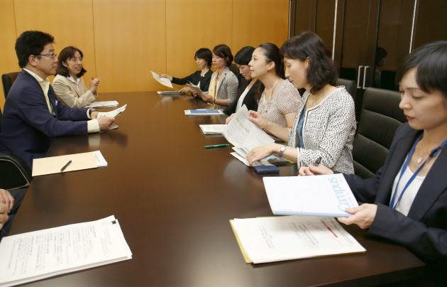 女性官僚、働き方に物申す 財務省でも改革始動