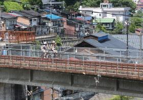 自転車の 神岡 自転車 線路 : 神岡の町を一望できる旧神岡 ...