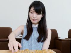 詰みゲー、千日手…人気女流棋士が語る当世将棋言葉                                         山口恵梨子女流初段