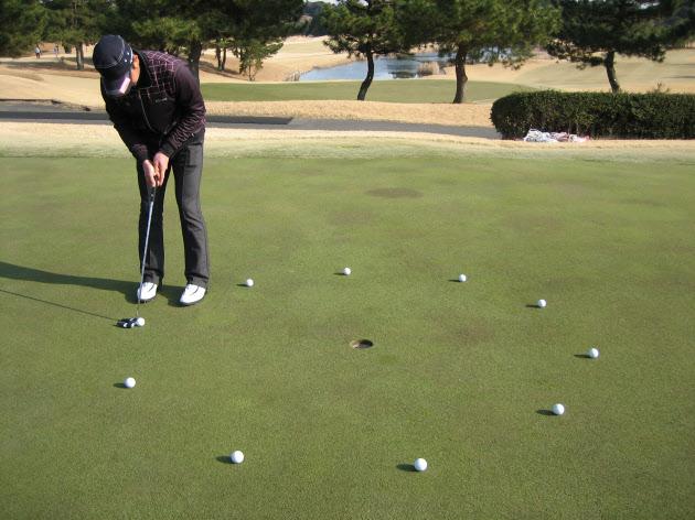 ゴルフ上達に技術論や身体能力は必要ない