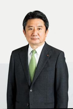 川崎汽船社長に村上氏 :日本経済新聞 International Nikkei Asian Re