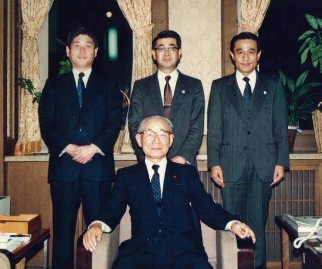 古川貞二郎(14)首席内閣参事官後藤田氏らに仕え充実 御用邸での認証式に緊張