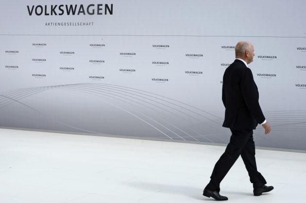 [FT]独VW、会長辞任で強権支配に決別(社説)