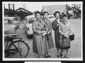 ファミリアは4人の女性が創業 ...