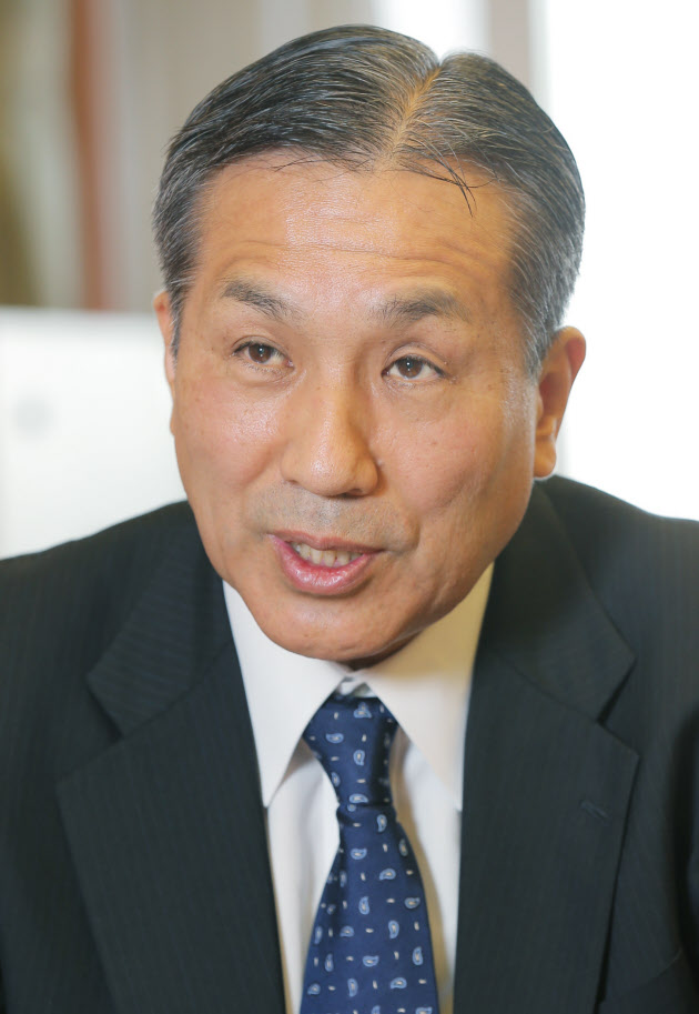 渡辺秀明氏(61)防衛装備庁の初代長官に就任