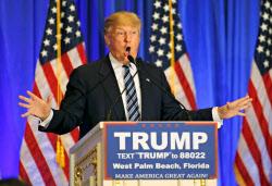 トランプ氏は海外の紛争介入に慎重だ(3月5日、米フロリダ州)=ロイター