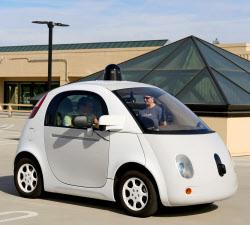 グーグルが設計した自動運転車のプロトタイプ