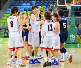 バスケ女子、日本がフランス破る...