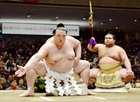 「相撲稀勢の里無料写真」の画像検索結果