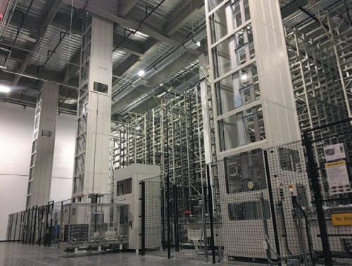 図2 リチウムイオン2次電池セルの生産設備。パナソニックが製造した電池セルは直ちにTeslaのバッテリーパックの生産工程に引き渡される