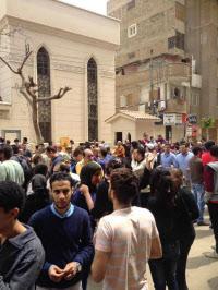 エジプトの教会連続爆発、死者45...