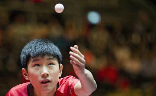 世界卓球、平野がメダル確定 女...