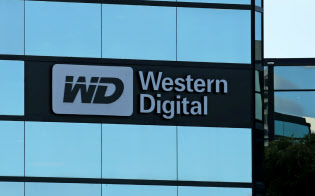 FILE PHOTO: A Western Digital office building is shown in Irvine, California, U.S., January 24, 2017.   REUTERS/Mike Blake/File Photo