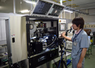アオイ電子は省人化設備を内製し利益率を高めている