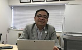 全国の取引先回りや海外出張で自宅に帰るのは年間で数日だけ、という平田社長