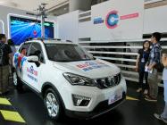 百度は国内外の自動車メーカーと組んで自動運転の開発を進める(2017年7月に百度と中国自動車大手が組んで公開した実験車両)
