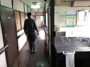 消火器は設置されているが、スプリンクラーはない(8日、神奈川県茅ケ崎市の「ポルト湘南・辻堂」)