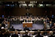 議員は次々と消費者プライバシーの盗用と不正利用について懸念を表明した=ロイター