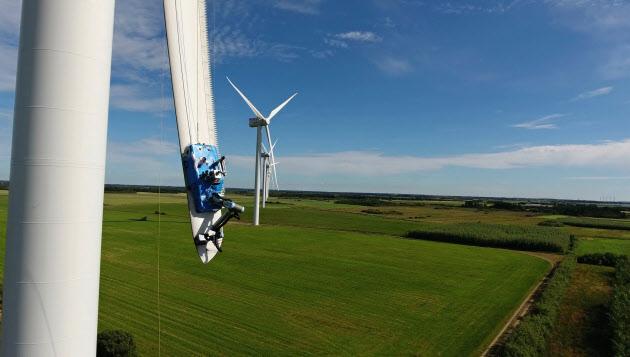 シーメンス、風力発電にドローン...