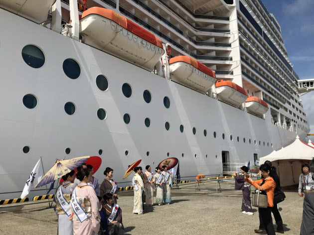 大型客船MSC、金沢初寄港 来年は倍以上の7回に のTwitterの反応まとめ