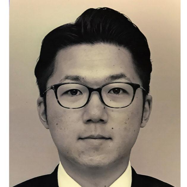山大 高橋暢介氏 :日本経済新聞
