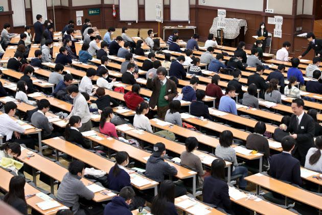 大学新テストに「プログラミング」検討 IT人材育成
