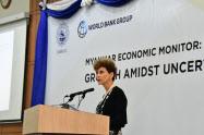世界銀行は17日、ヤンゴン市内で開いたシンポジウムでミャンマーの経済状況に関する報告書を発表した