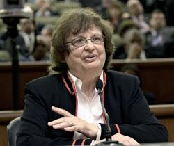 ニューヨーク州のアンダーウッド司法長官はトランプ米大統領や財団を訴えた=AP