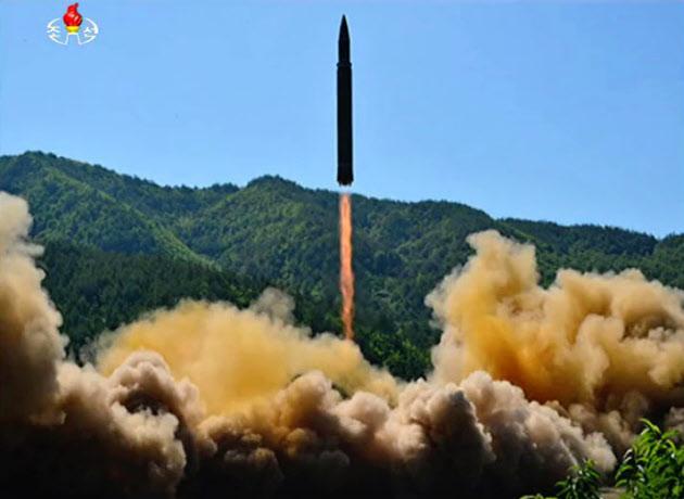 北朝鮮非核化「米大統領選までに」 河野外相(写真=共同)