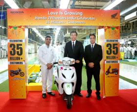 ホンダは新興国で二輪車の販売を順調に伸ばしている