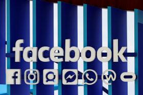 フェイスブックは再生可能エネルギーの使用比率を100%にしようとしている=ロイター