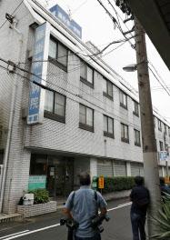 「Y&M 藤掛第一病院」は身寄りのない高齢者にとって「ついのすみか」の役割を果たしていた(1日、岐阜市)=共同