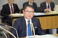 電気事業連合会(東京・千代田)で会見する九州電力の池辺和弘社長