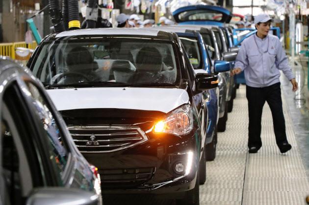 三菱自動車もゴーン会長を解任へ のTwitterの反応まとめ