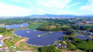 FITを導入した12年以降、メガソーラーの開発が急速に進んだ(JRE土浦太陽光発電所)