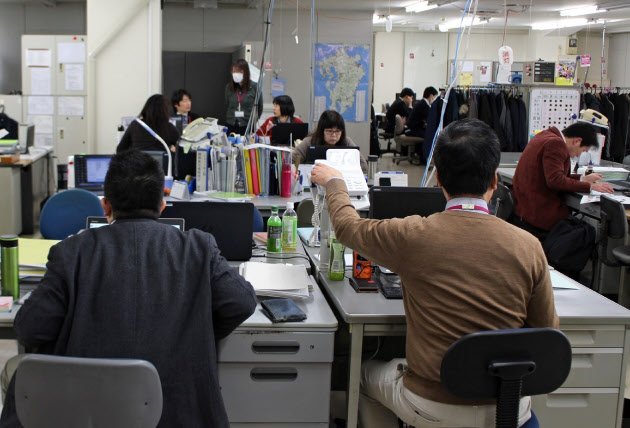 イオン九州 本社の3割を店舗に異動 パート不足補う のTwitterの反応まとめ